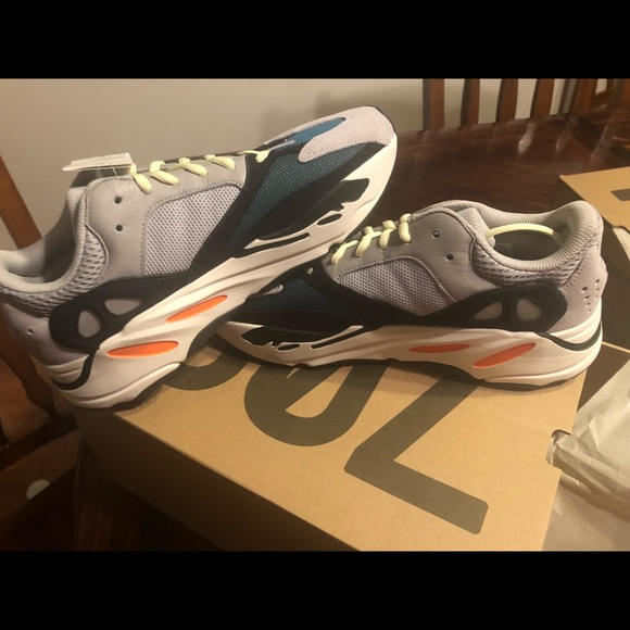 new style d4ab1 583dd YEEZY BOOST 700s WAVERIDERS NWT